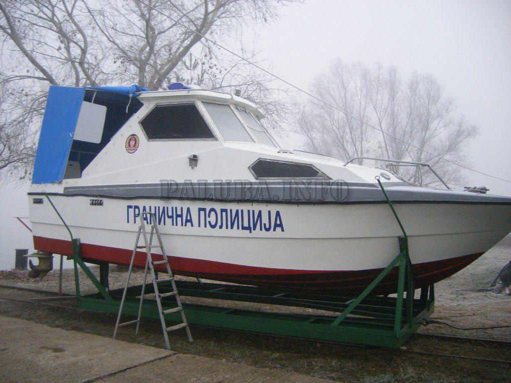 патрульная моторная лодка