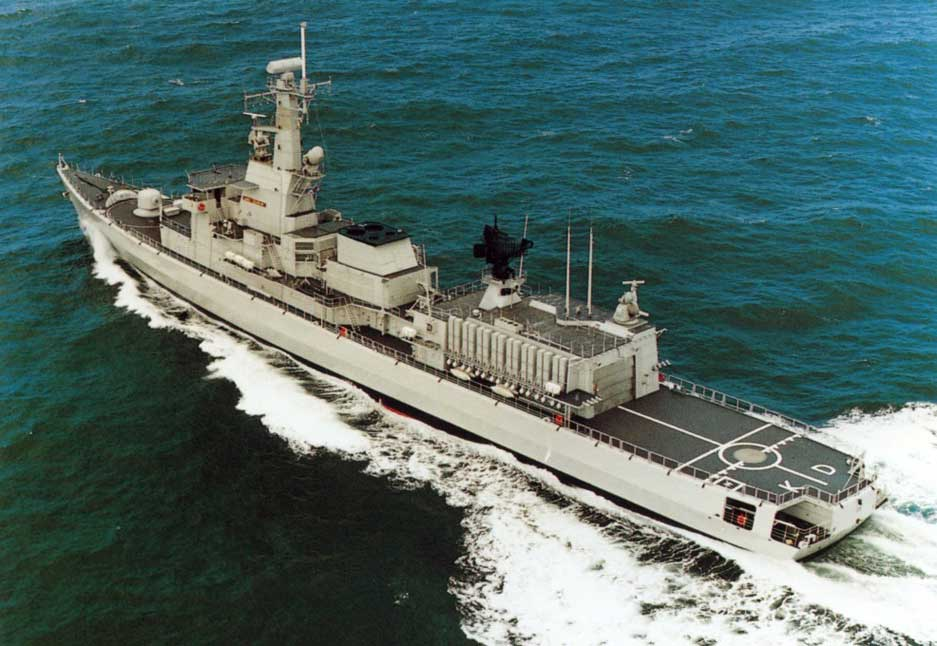 F 827 Karel Doorman